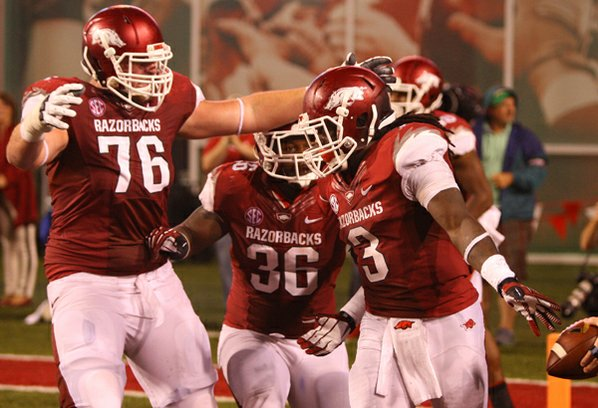 Arkansas offensive lineman Dan Skipper, ...