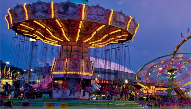 there-will-be-65-plus-rides-again-the-work-of-stuart-flas-deggeller-attractions-on-the-arkansas-federal-credit-union-midway