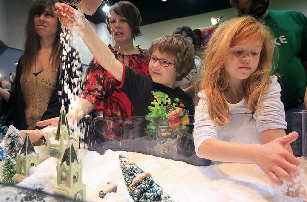 a-shopping-extravaganza-invades-the-statehouse-convention-center-for-the-junior-league-of-little-rocks-annual-holiday-house