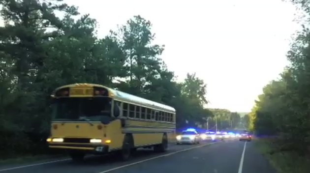 police-chase-a-jacksonville-school-bus-that-was-hijacked-thursday-morning-on-arkansas-5