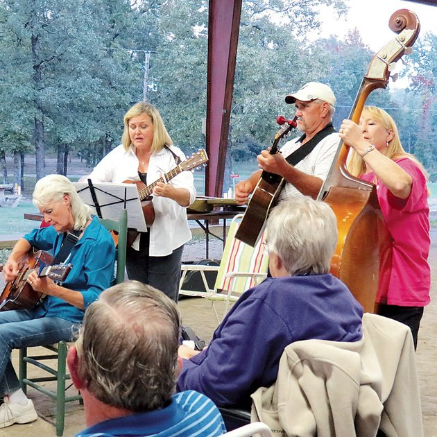 from-the-left-martha-west-kim-brainard-eddie-bartley-and-connie-bartley-jam-at-the-chili-fest-oct-11