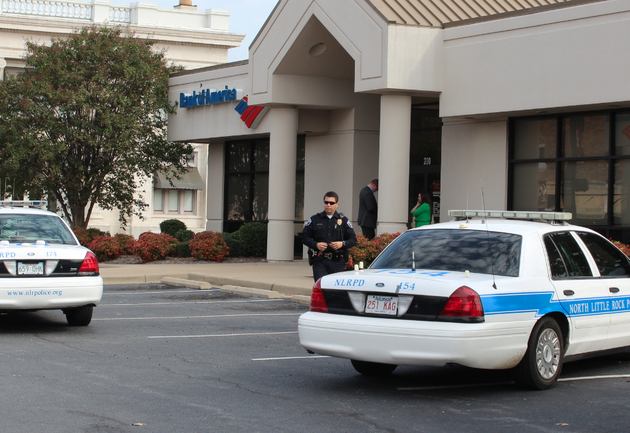 police-work-tuesday-oct-29-2013-the-scene-of-a-robbery-at-a-bank-of-america-branch-in-downtown-north-little-rock