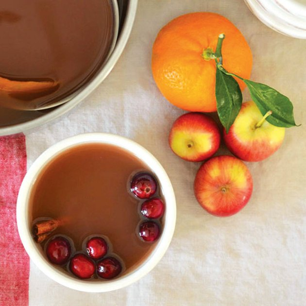 mulled-cranberry-apple-cider