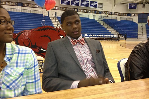Forrest City forward Trey Thompson signs his national letter of intent Wednesday.