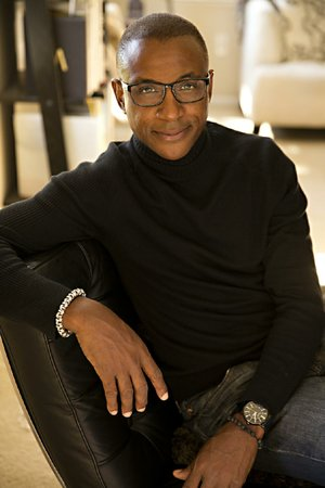 Actor-comedian Tommy Davidson headlines two shows Sunday Dec. 8 at the Loony Bin Comedy Club.