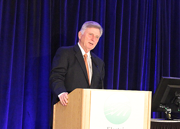 gov-mike-beebe-speaks-monday-at-the-arkansas-electric-cooperatives-directors-winter-conference-in-little-rock
