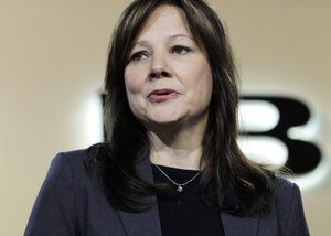 GM names Mary Barra CEO, 1st woman to head U.S. car firm