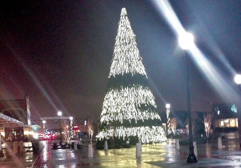 get lit to take conway christmas tree back to fix - How To Fix Christmas Lights When Half Are Out