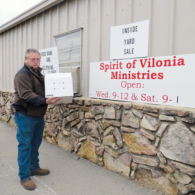 mike-daugherty-of-conway-volunteers-at-the-spirit-of-vilonia-ministries-food-pantry-packing-food-boxes-and-carrying-them-out-for-needy-families-he-also-serves-on-the-organizations-board-of-directors
