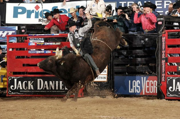 the-professional-bull-riders-tour-returns-to-north-little-rock-at-8-pm-feb-1