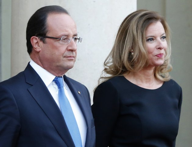 file-in-this-sept-3-2013-file-photo-french-president-francois-hollande-and-his-companion-valerie-trierweiler-wait-for-german-president-joachim-gauckand-at-the-elysee-palace-in-paris-ap-photojacques-brinon-file