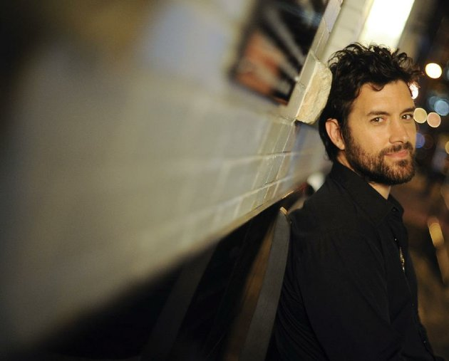 texas-singer-songwriter-bob-schneider-plays-tonight-at-juanitas-in-little-rock