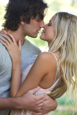 Young lovers David (Alex Pettyfer) and Jade (Gabriella Wilde) say goodbye to innocence in Endless Love.