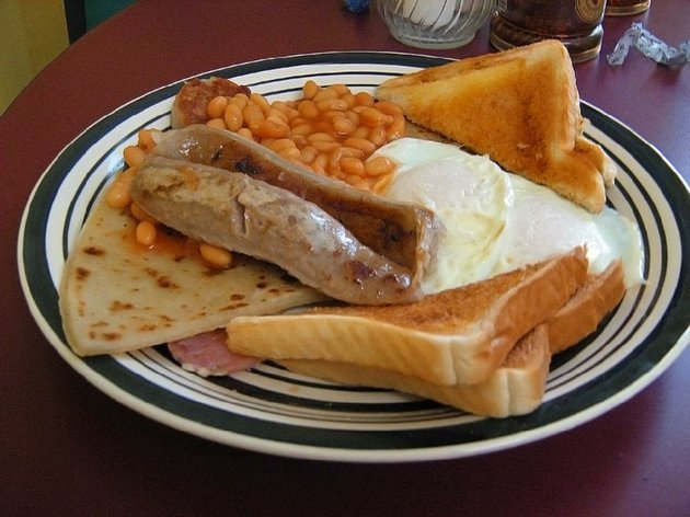 wee-bettys-cafe-in-jacksonville-offers-a-full-irish-breakfast-featuring-bangers-bacon-eggs-potato-scones-black-and-white-pudding-heinz-beans-and-toast