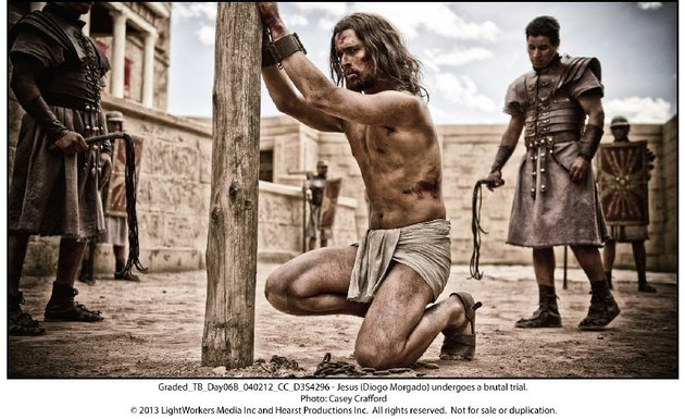 jesus-christ-diogo-morgado-makes-the-ultimate-sacrifice-in-the-bible-story-son-of-god