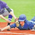Staff Photo Michael Woods @NWAMICHAELW Walker Powell, Fayetteville first baseman, tries to tag Conw...