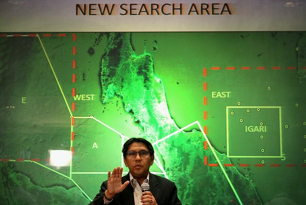 malaysias-department-of-civil-aviations-director-general-azharuddin-abdul-rahman-briefs-reporters-on-search-and-recovery-efforts-within-existing-and-new-areas-for-missing-malaysia-airlines-plane-during-a-news-conference-monday-march-10-2014-in-sepang-malaysia-the-search-operation-for-the-missing-flight-mh370-which-has-involved-34-aircraft-and-40-ships-from-several-countries-covering-a-50-nautical-mile-radius-from-the-point-the-plane-vanished-from-radar-screens-between-malaysia-and-vietnam-continues-after-its-disappearance-since-saturday