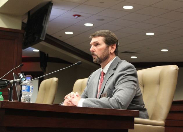 arkansas-highway-and-transportation-department-director-scott-bennett-addresses-lawmakers-tuesday-march-11-2014-during-a-meeting-on-the-states-response-to-winter-weather-on-interstates-40-and-55