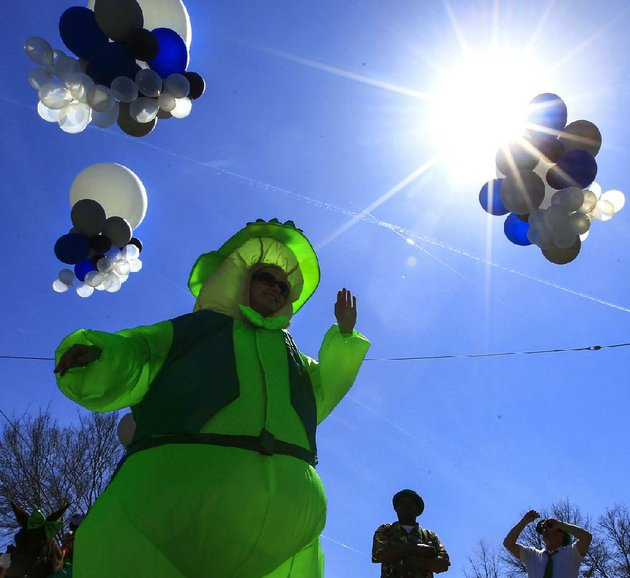 an-afternoon-of-irish-themed-fun-waits-for-little-rock-and-north-little-rock-as-the-irish-cultural-society-of-arkansas-presents-its-14th-annual-rock-to-north-little-rock-st-patricks-day-parade-arkansas-has-taken-us-to-heart-says-parade-chairman-tim-ryan