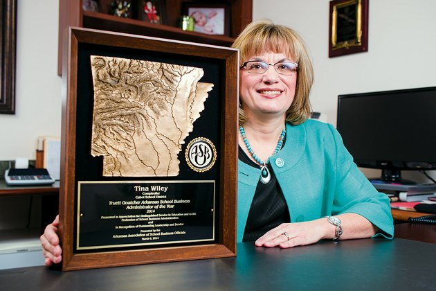 tina-wiley-director-of-finance-for-the-cabot-public-school-district-received-the-truett-goatcher-school-business-administrator-of-the-year-award-from-the-arkansas-association-of-school-business-officials-on-march-6-at-the-state-convention-held-in-little-rock