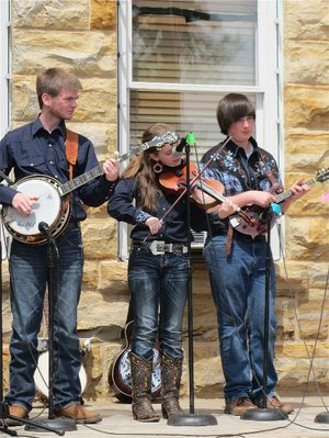 Courthouse Square in Mountain View will serve as the stage for an array of performers April 18-20 during the Arkansas Folk Festival.