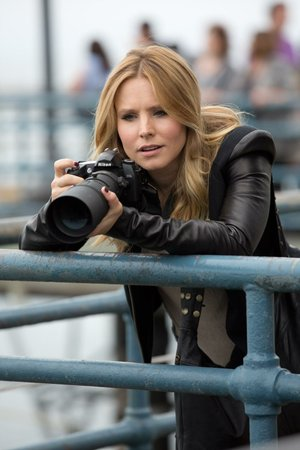 Veronica Mars (Kristen Bell) only thought she'd left her days as a Nancy Drew-style investigator behind.