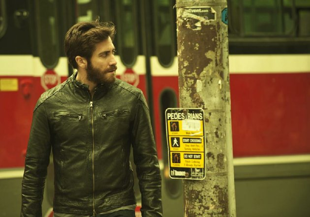 jake-gyllenhaal-in-enemy