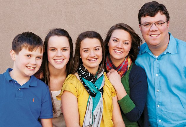 the-williams-siblings-include-from-left-daniel-stephanie-emma-meredith-and-benjamin-they-are-the-children-of-bill-and-ruth-williams-of-searcy