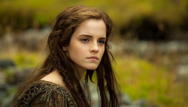 emma-watson-plays-ila-in-noah-it-came-in-first-at-last-weekends-box-office-and-made-437-million