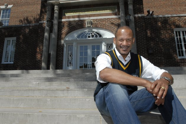 in-this-oct-8-2008-file-photo-singer-and-broadway-actor-lawrence-hamilton-sits-in-front-of-philander-smith-college-in-little-rock
