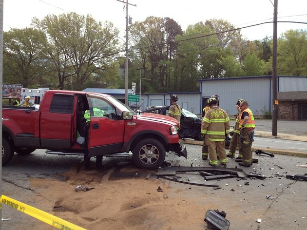 emergency-officials-respond-friday-morning-to-an-accident-near-asher-avenue-and-roosevelt-road-in-little-rock