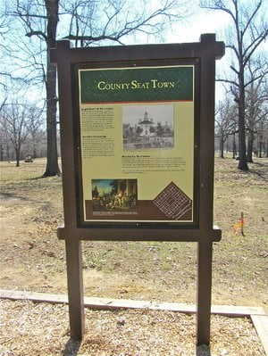 Signs at Davidsonville Historic State Park give visitors a sense of what this early 19th-century settlement was like.