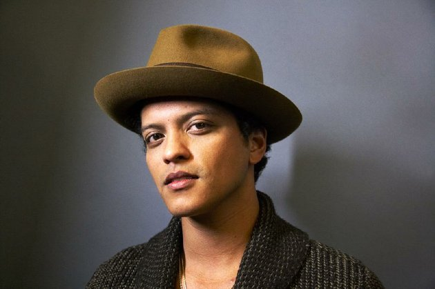 singer-bruno-mars-hits-north-little-rocks-verizon-arena-on-june-10th