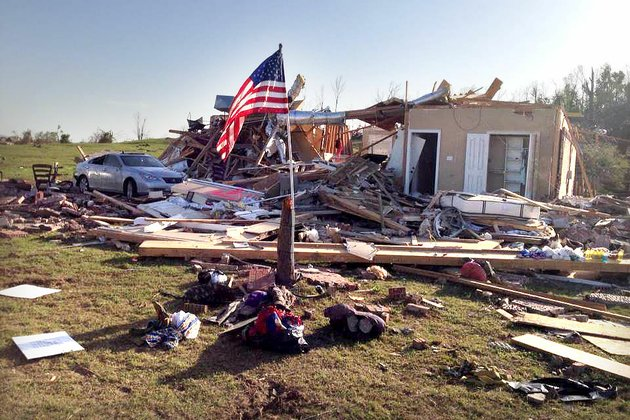 the-tornado-sunday-through-central-arkansas-destroyed-mark-and-liz-pattersons-home-outside-mayflower
