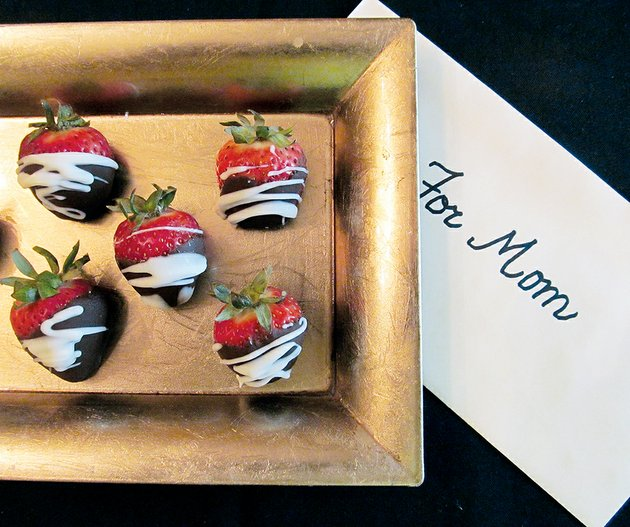 fresh-arkansas-strawberries-are-ready-just-in-time-to-make-chocolate-covered-strawberries-for-mothers-day-make-sure-to-keep-a-close-watch-on-the-melting-chocolate-and-your-strawberries-will-look-just-as-pretty-and-taste-better-than-any-offered-in-a-specialty-store