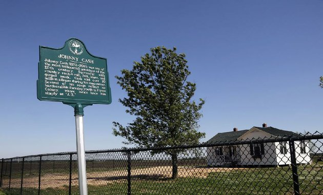 arkansas-democrat-gazettejohn-sykes-jr-site-of-the-johnny-cash-boyhood-home-near-the-small-town-of-dyess-arkansas