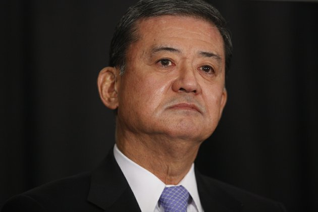 secretary-of-veterans-affairs-eric-shinseki-waits-to-speak-at-a-meeting-of-the-national-coalition-for-homeless-veterans-in-washington-on-friday-may-30-2014