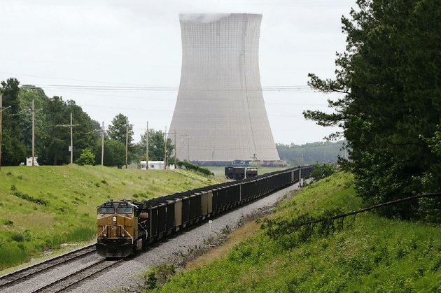 a-coal-train-stops-monday-near-white-bluff-power-plant-near-redfield