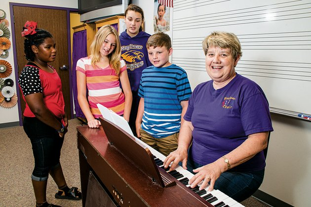 bennie-dunavan-right-taught-school-for-25-years-at-a-school-in-monticello-and-one-of-her-former-students-who-performs-in-nashville-got-the-ball-rolling-on-a-fundraiser-for-mayflower-choir-students-whose-homes-were-destroyed-in-the-april-27-tornado-dunavan-plays-while-students-autumn-fuller-from-left-zoey-hunt-casey-murphy-and-tyler-slye-sing
