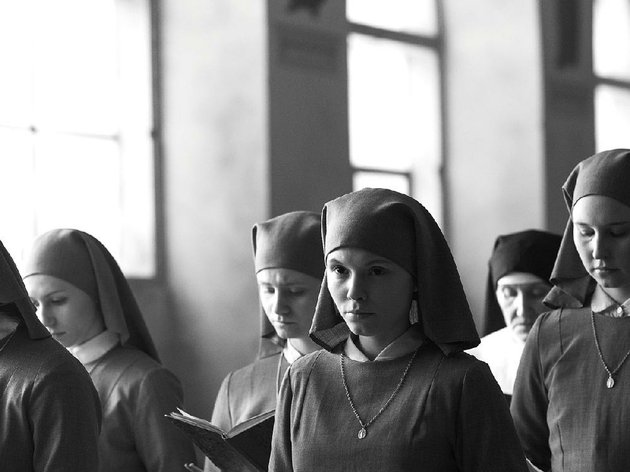 anna-agata-trzebuchowska-a-young-novitiate-nun-in-1962-poland-is-on-the-verge-of-taking-her-vows-when-she-discovers-a-dark-family-secret-in-pawel-pawlikowskis-ida