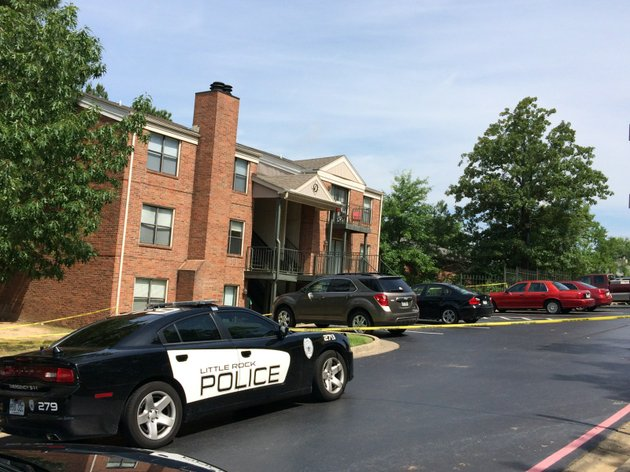 little-rock-police-investigate-a-shooting-wednesday-at-beacon-hill-apartments-located-at-1801-reservoir-road