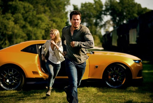 nicola-peltz-and-mark-wahlberg-star-in-paramount-pictures-transformers-age-of-extinction-it-came-in-first-at-last-weekends-box-office-and-made-about-100-million