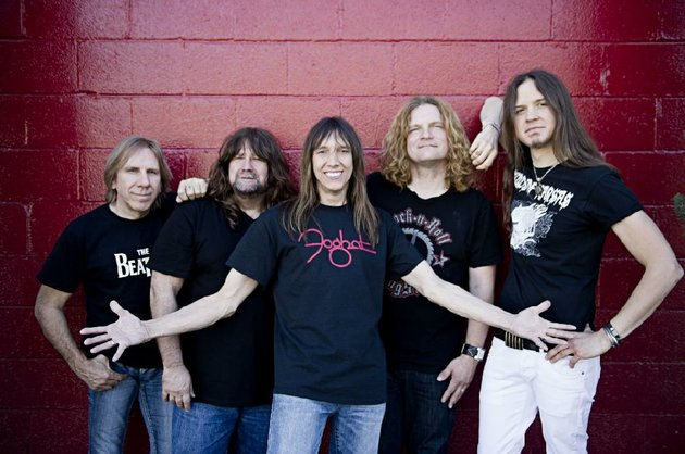 the-original-members-of-tesla-from-left-are-troy-luccketta-brian-wheat-jeff-keith-and-frank-hannon-newest-member-dave-rude-joined-in-2006