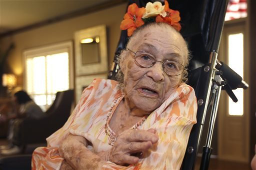 in-this-thursday-july-3-2014-photo-gertrude-weaver-poses-at-silver-oaks-health-and-rehabilitation-center-in-camden-ark-a-day-before-her-116th-birthday-the-gerontology-research-group-says-weaver-is-the-oldest-person-in-the-united-states-and-second-oldest-person-in-the-world