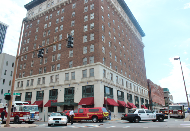 the-little-rock-fire-department-responds-monday-july-7-2014-to-the-lafayette-square-building