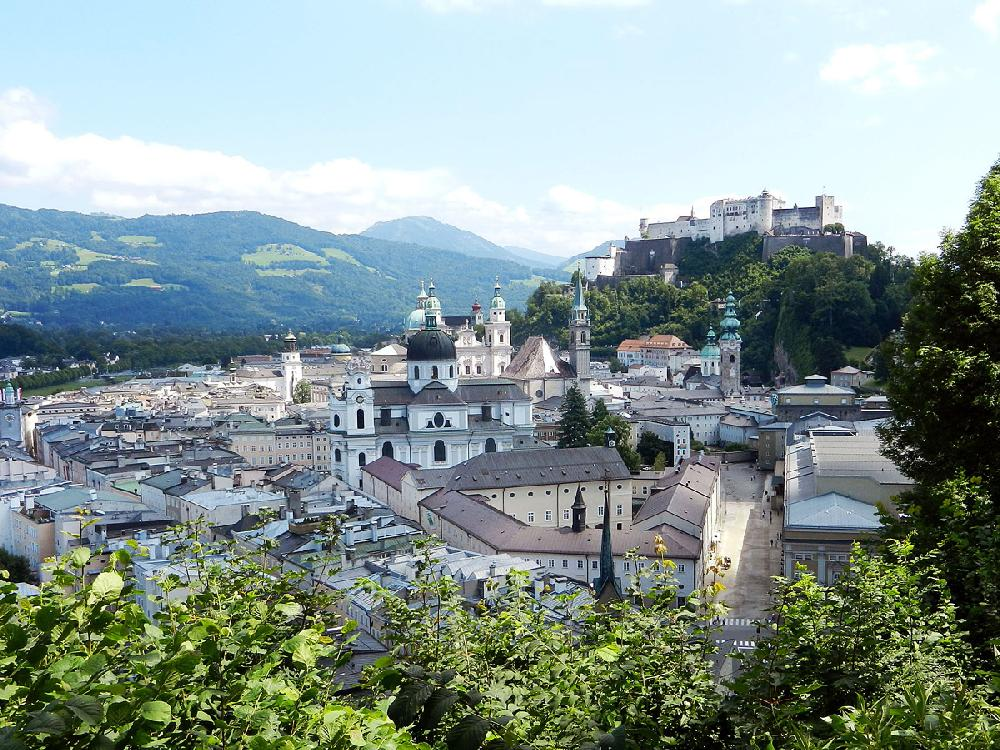 travel in europe new and old make harmony in salzburg nwadg. Black Bedroom Furniture Sets. Home Design Ideas