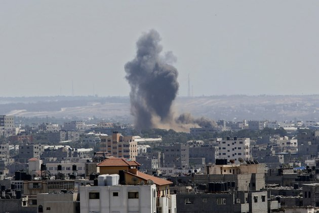 smoke-rises-after-an-israeli-missile-strike-in-gaza-city-on-tuesday-july-15-2014-the-israeli-military-says-it-has-resumed-airstrikes-on-gaza-after-hamas-militants-violated-a-deescalation-brokered-by-egypt
