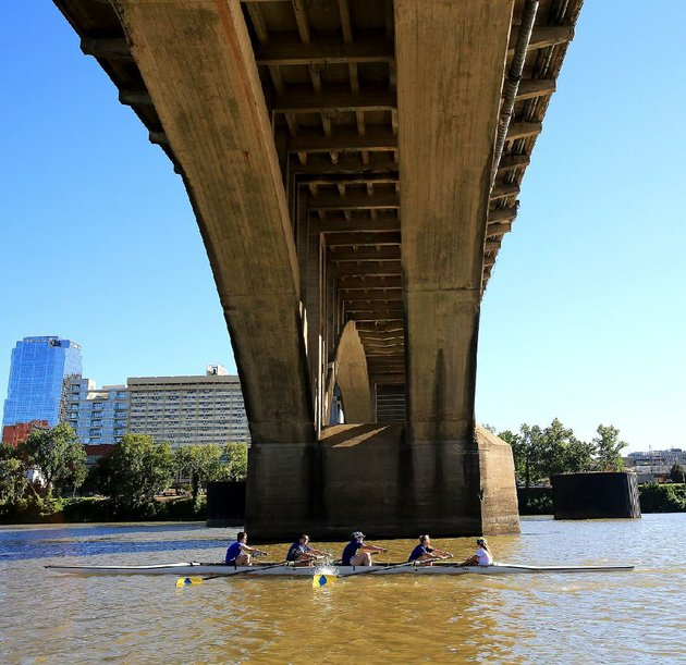 the-arkansas-boathouse-club-hosts-the-six-bridges-regatta-on-aug-30