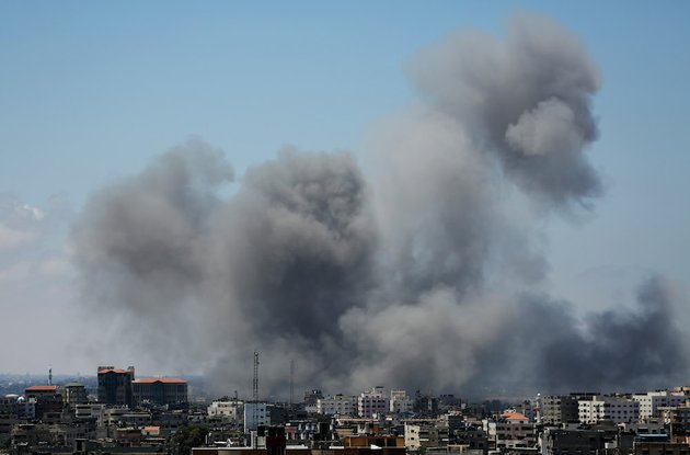 smoke-rises-after-an-israeli-missile-strike-in-gaza-city-on-friday-july-18-2014-israel-intensified-its-11-day-campaign-against-hamas-by-sending-in-tanks-and-troops-late-thursday-after-becoming-increasingly-exasperated-with-unrelenting-rocket-fire-from-gaza-on-its-cities-especially-following-hamas-rejection-of-an-egyptian-cease-fire-plan-earlier-in-the-week
