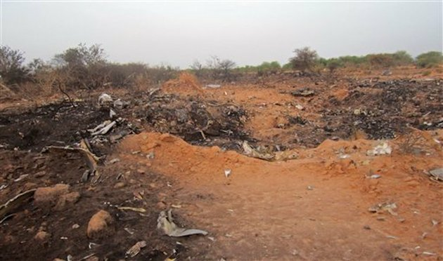 this-photo-provided-on-friday-july-25-2014-by-the-burkina-faso-military-shows-the-site-of-the-plane-crash-in-mali-french-soldiers-secured-a-black-box-from-the-air-algerie-wreckage-site-in-a-desolate-region-of-restive-northern-mali-on-friday-the-french-president-said